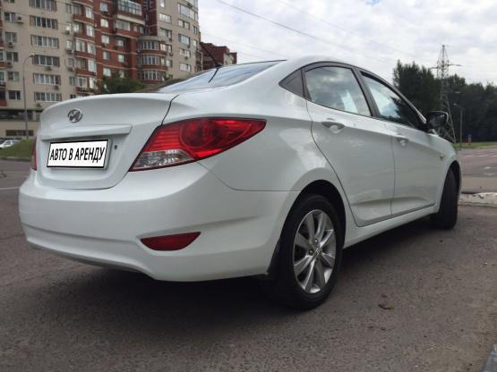 Прокат и аренда Хендай Солярис MT недорого в Москве на сайте auto-v-arendu.ru - дополнительное фото авто