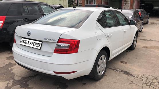 Прокат и аренда Шкода Октавия недорого в Москве на сайте auto-v-arendu.ru - дополнительное фото авто